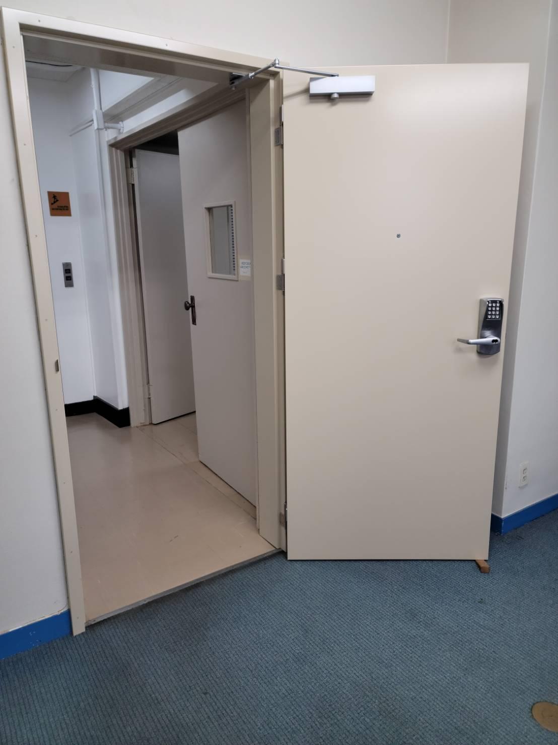 スチール製防音ドア|東京都東京都