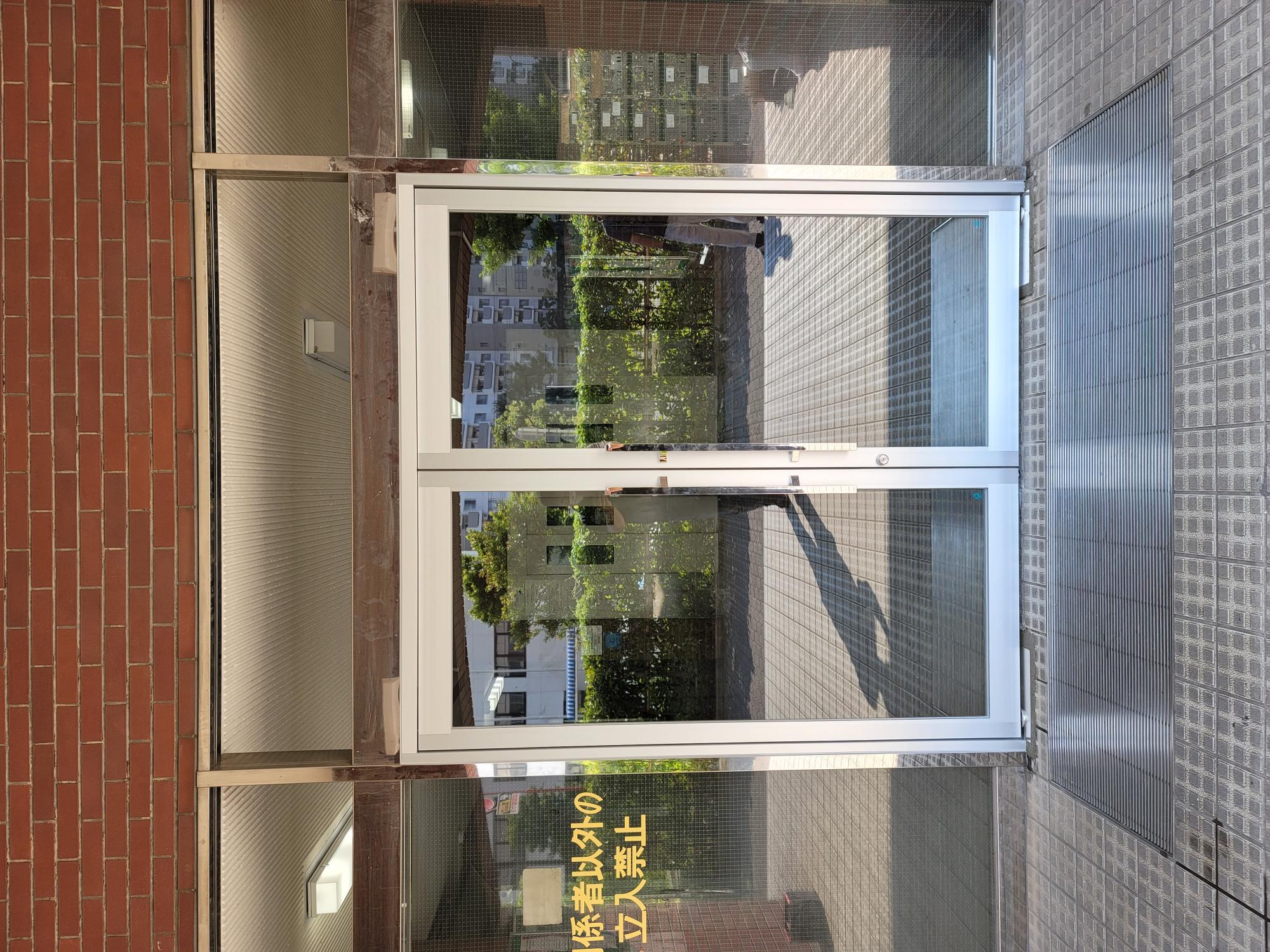 アルミフロント カバー工法|東京都某公営住宅メインエントランス